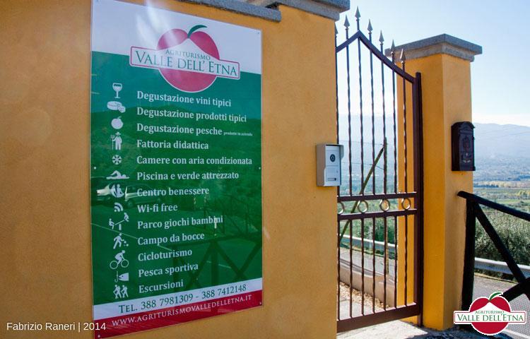 Il casale valle dell etna insegna servizi